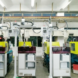 三轴机械手+剪水口机广东塘厦客户案例
